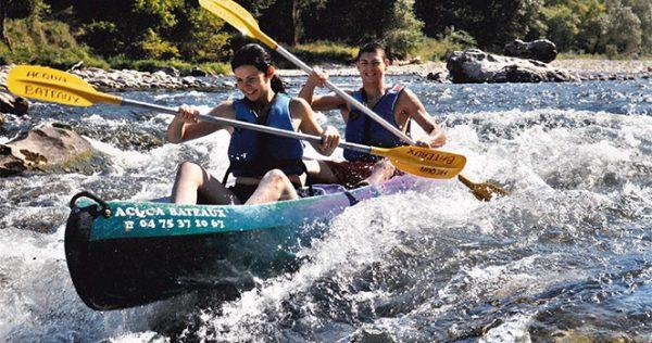 Famille Vivez l'Ardèche autrement avec Acqua Bateaux