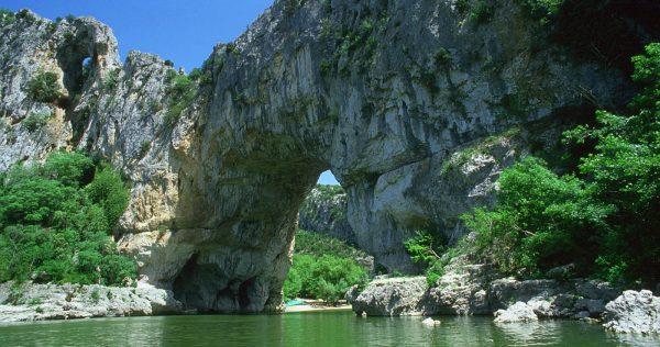 acqua-bateaux-pont-darc